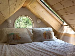 Phòng ngủ phong cách tối giản bởi Chibi Moku Architectural Films Tối giản Gỗ thiết kế Transparent