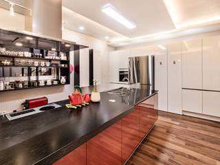 Cozinhas modernas por 코원하우스
