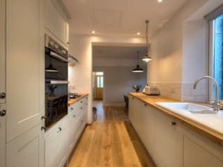 Limetree, Plymouth:  Kitchen by ADG Bespoke