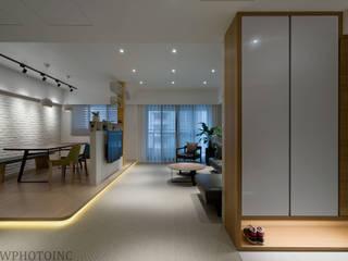 Scandinavian style living room by 藻雅室內設計 Scandinavian