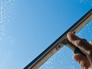 Window Cleaning in Crewe:   by Window Cleaning Crewe