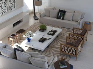 Alphaville: Salas de estar  por Deborah Roig