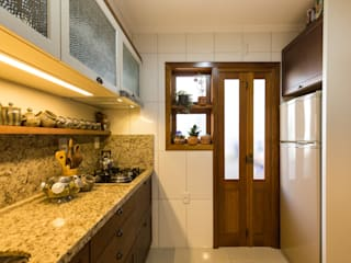 Colonial style kitchen by Pura!Arquitetura Colonial