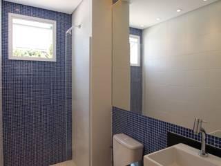 Pricila Dalzochio Arquitetura e Interiores Baños modernos Azul
