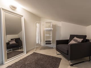 Bologna Home Staging Minimalist style dressing rooms