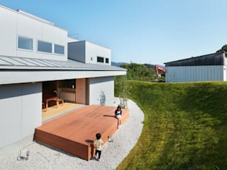 藤原・室 建築設計事務所 Modern Garden White