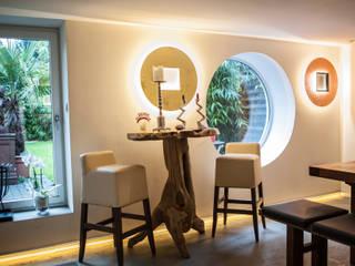 Lichtplanung und Beleuchtung für ein Einfamilienhaus Industriale Esszimmer von Moreno Licht mit Effekt - Lichtplaner Industrial