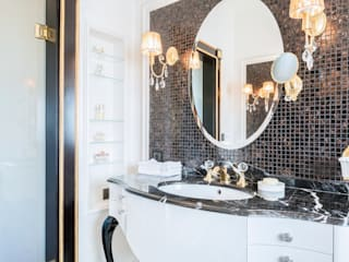 Bathrooms Classic style bathroom by Gracious Luxury Interiors Classic