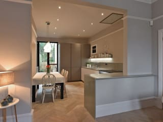 Mr and Mrs Tyrells Kitchen project Modern kitchen by Diane Berry Kitchens Modern