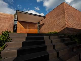 Casas modernas de Horizontal Arquitectos Moderno
