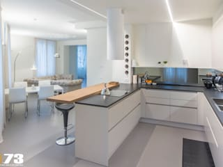 Modern kitchen by Studio D73 Modern