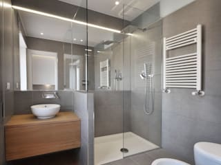 Modern bathroom by degma studio Modern