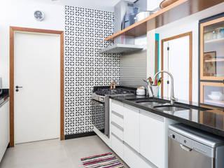 Cocinas modernas: Ideas, imágenes y decoración de Joana França Moderno