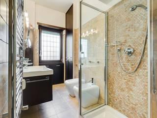 Baños de estilo moderno de EF_Archidesign Moderno