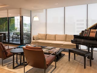 Classic style living room by ARCO Arquitectura Contemporánea Classic