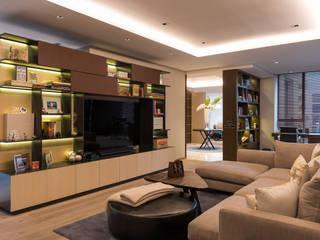 Salas multimedia de estilo clásico de ARCO Arquitectura Contemporánea Clásico