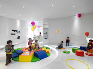 by 築築空間 Modern