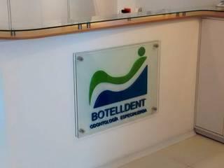 Clinics by bdl concept/studio, Modern