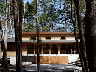 株式会社山崎屋木工製作所 Curationer事業部 Casas de estilo clásico Madera Acabado en madera