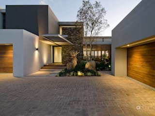 Houses by Anthrop Architects