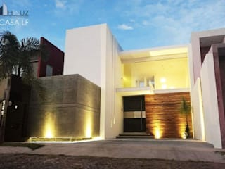 CASA LF: Casas de estilo  por HAUZ-ARQ