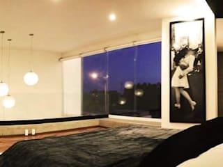 Modern style bedroom by HAUZ-ARQ Modern