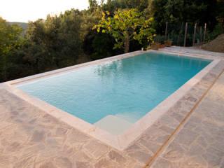 Moderne Pools von Matteo Uccellini +mu architecture Modern