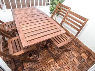 Grupo Inventia Balcones y terrazas de estilo moderno Derivados de madera Acabado en madera
