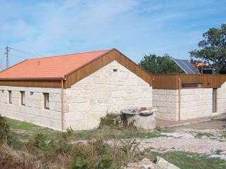 exterior ampliacion: Casas de estilo  de galiciadreams sl