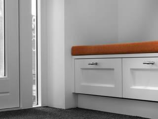 Joep Schut, interieurmaker Corridor, hallway & stairsSeating Wood White