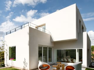 Houses by ÁBATON Arquitectura,
