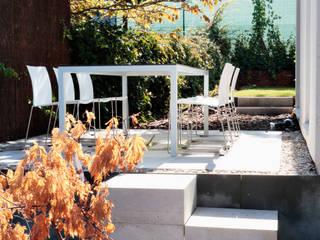 Jardines de estilo moderno de ÁBATON Arquitectura Moderno
