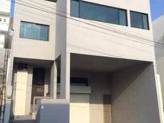 Casa Arrecife 85: Casas de estilo  por nuk arquitech