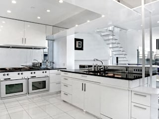 Joe Ginsberg Design Modern kitchen White
