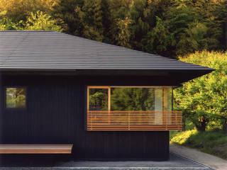 秋月の家 モダンな 家 の 柳瀬真澄建築設計工房 Masumi Yanase Architect Office モダン