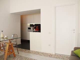 Cocinas de estilo moderno de Progetto Kiwi Architettura Moderno