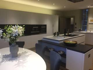 London Apartment in Kensington Modern kitchen by Manning Duffie Architects Ltd Modern