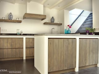 Dapur Gaya Country Oleh Joep Schut, interieurmaker Country Kayu Wood effect