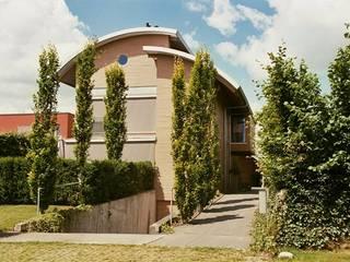 Villa Haren:  Huizen door Architectenburo Holtrop, Modern