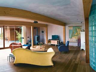 Villa Haren:  Woonkamer door Architectenburo Holtrop, Modern
