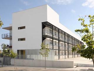 Mediterranean style house by Baena Casamor Arquitectes BCQ, slp Mediterranean