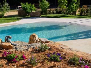 Mediterrane zwembaden van Chiarri arquitectura Mediterraan