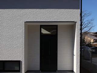 Scandinavian style windows & doors by 加門建築設計室 Scandinavian
