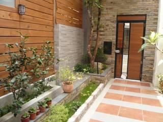勝暉建築工程行 Casas modernas