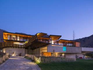 Casa Chamisero: Casas de estilo  por GITC