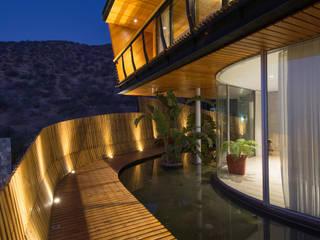 Casa Chamisero: Terrazas  de estilo  por GITC