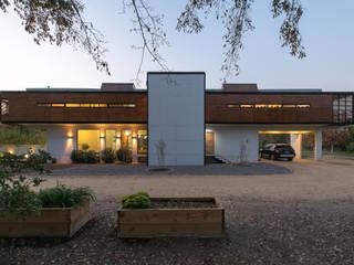 Casa Rosales Quijada: Casas de estilo  por GITC