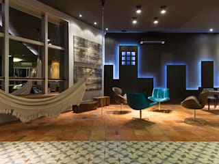 Spazi commerciali moderni di Perotto E Fontoura Estúdio de Arquitetura Moderno