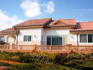 Mediterranean style house by 꿈애하우징 Mediterranean