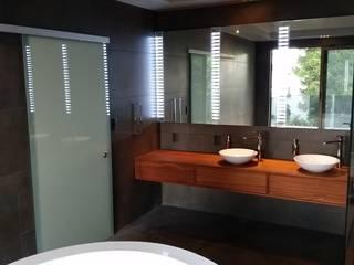 Mueble de baño.: Baños de estilo  por ebanisART Espacio y Concepto